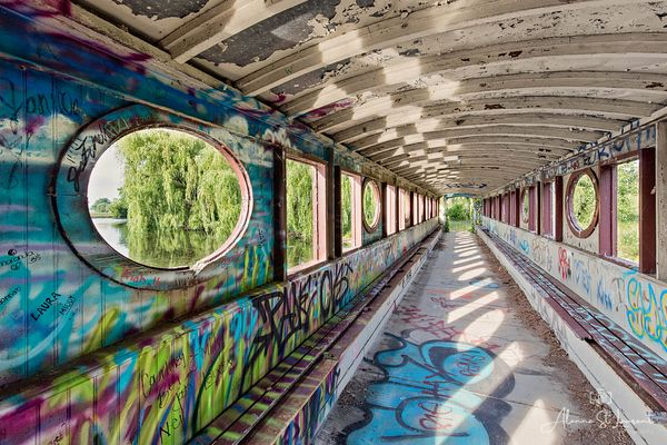 Belle_Isle_Golf_Bridge_Graffiti