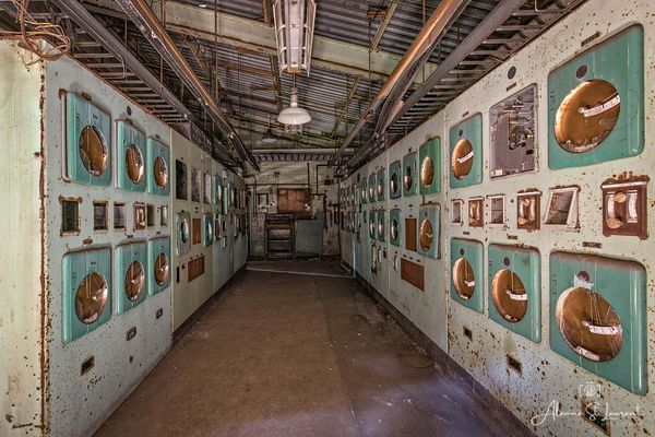 Carrie_Furnaces_Control_Room