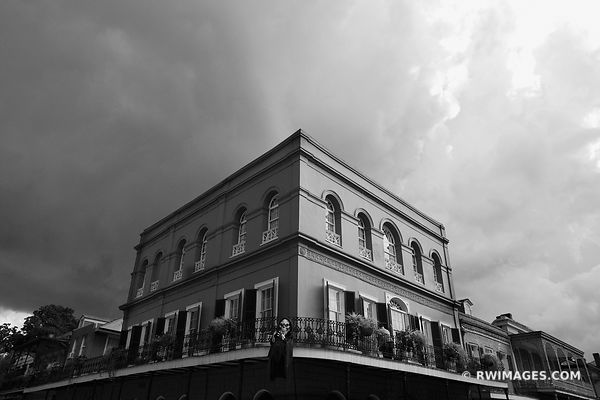 LALAURIE HAUNTED HOUSE MANSION FRENCH QUARTER NEW ORLEANS LOUISIANA BLACK AND WHITE
