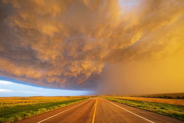 STORM CHASING ON THE GREAT PLAINS, 18-25 JUNE, 2022 TOUR 2—FULL