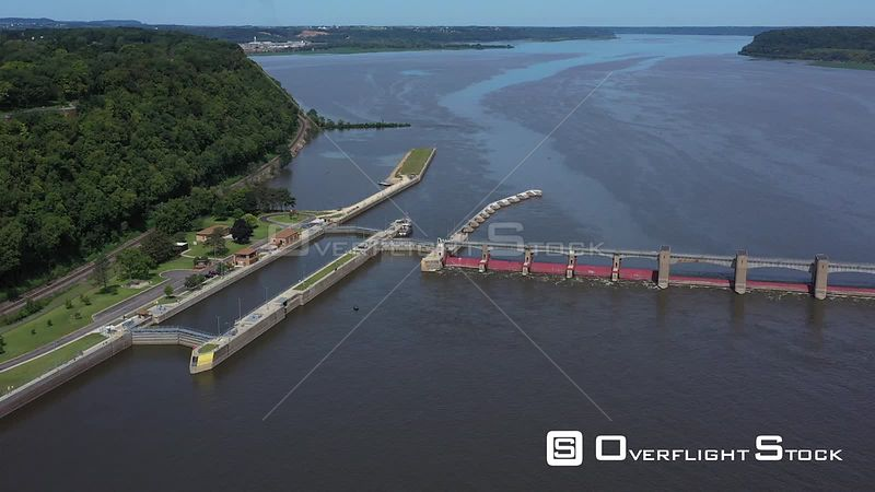 Dammedup river and navigation locks, Dubuque, Iowa, USA