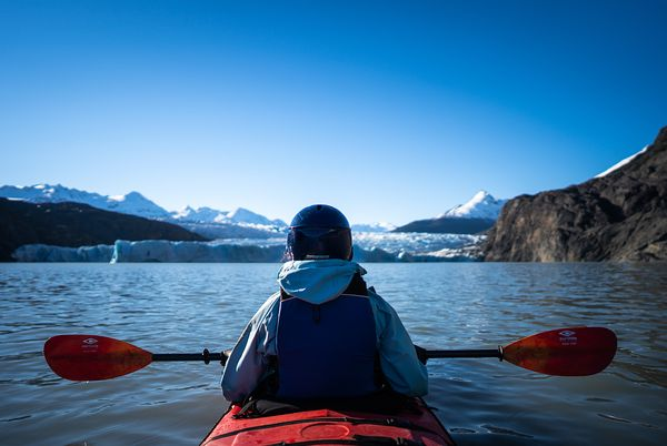Kayaking on Lago Grey, Torres del Paine National Park, Last Hope Province, Magallanes Region, Chile, South America. Photo by ...