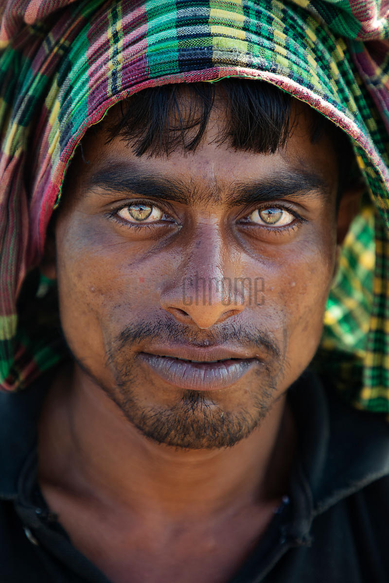 Portrait of a Porter at the Nazirartek Fishery Ghat