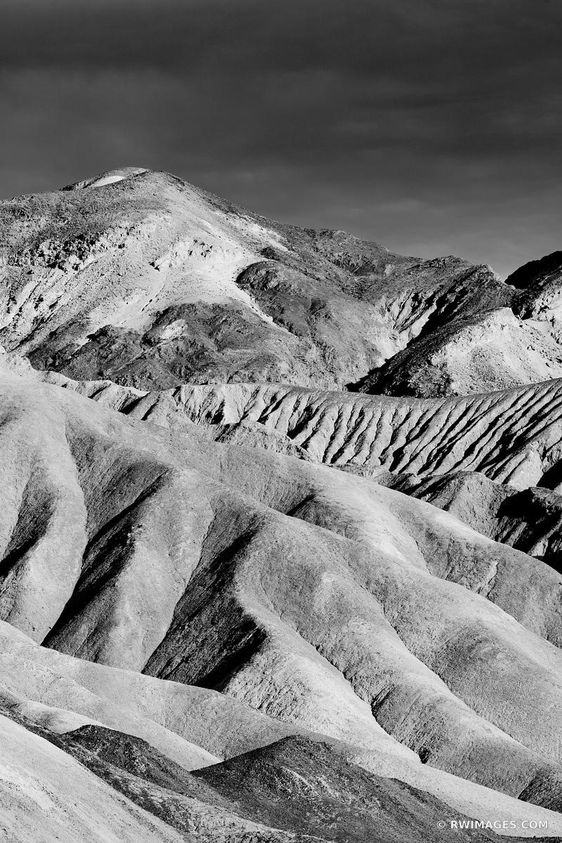 ARTISTS DRIVE DEATH VALLEY CALIFORNIA AMERICAN SOUTHWEST DESERT LANDSCAPE VERTICAL BLACK AND WHITE