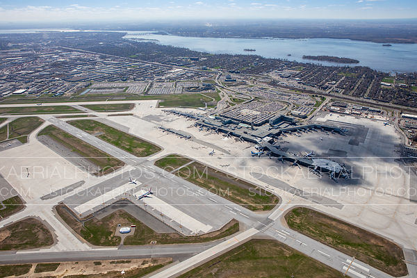 Pierre Elliott Trudeau International Airport, Montreal