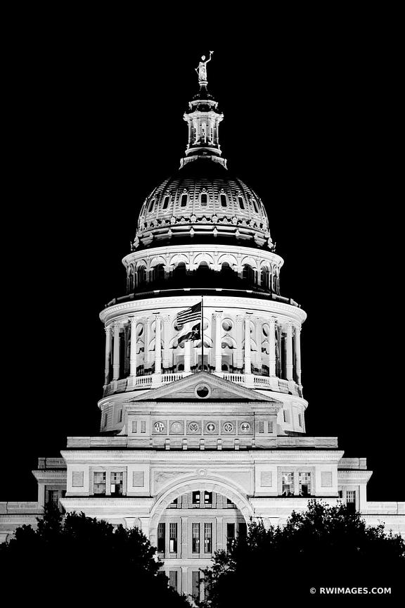 STATE CAPITOL BUILDING AT NIGHT AUSTIN TEXAS NIGHT BLACK AND WHITE VERTICAL