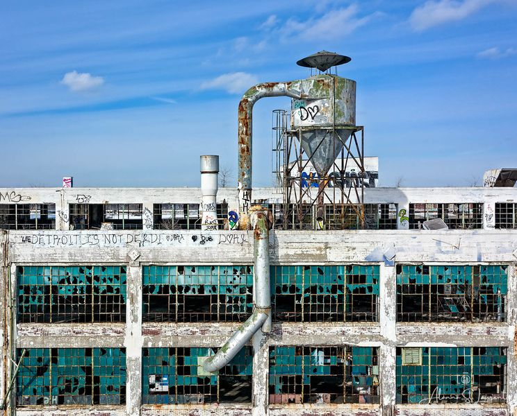 Fisher_Body_Plant_Roof_Drone_Detroit_Not_Dead