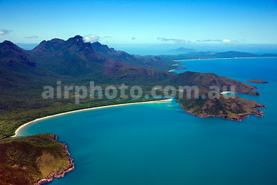 Hinchinbrook_Is_48941