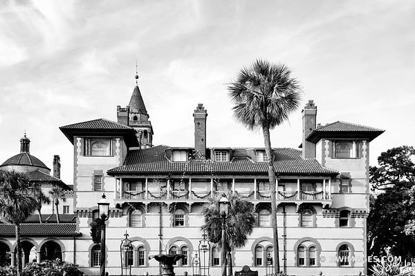 FLAGLER COLLEGE ST. AUGUSTINE FLORIDA BLACK AND WHITE
