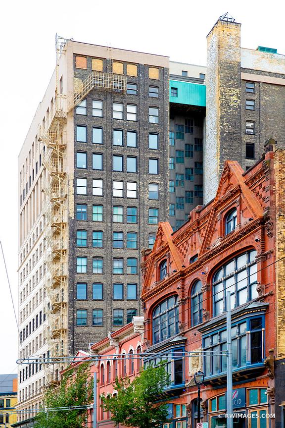 DOWNTOWN MILWAUKEE WISCONSIN HISTORIC ARCHITECTURE