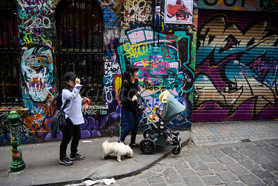 Sightseeing, Hosier Lane, Melbourne.
