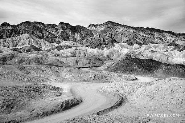 TWENTY MULE TEAM CANYON DEATH VALLEY CALIFORNIA AMERICAN SOUTHWEST BLACK AND WHITE DESERT LANDSCAPE