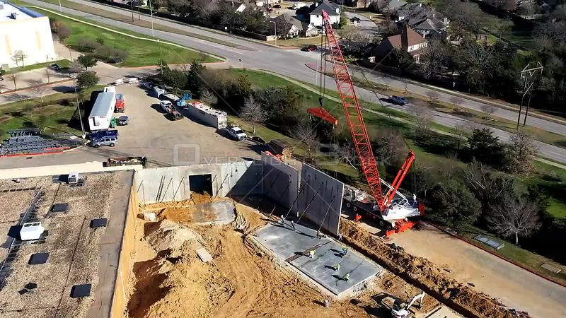 Timelapse Erecting Concrete Wall Panels in Commercial Construction, Bryan, Texas, USA