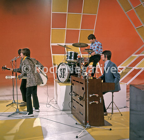 "Small Faces Perform On ""Two Of A Kind"""