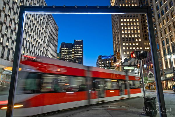 QLine_Whizzing_By