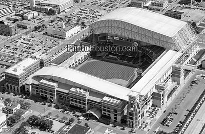 Aerial photo of Minute Maid Park in black and white