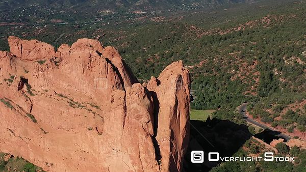Sandstone cliffs and mountain front range, Garden of the Gods, Colorado Sprinbgs, Colorado, USA