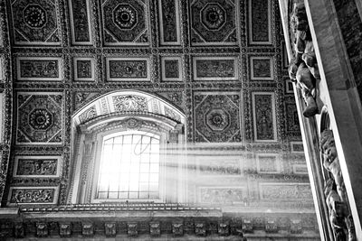 Light Beams in the Vatican