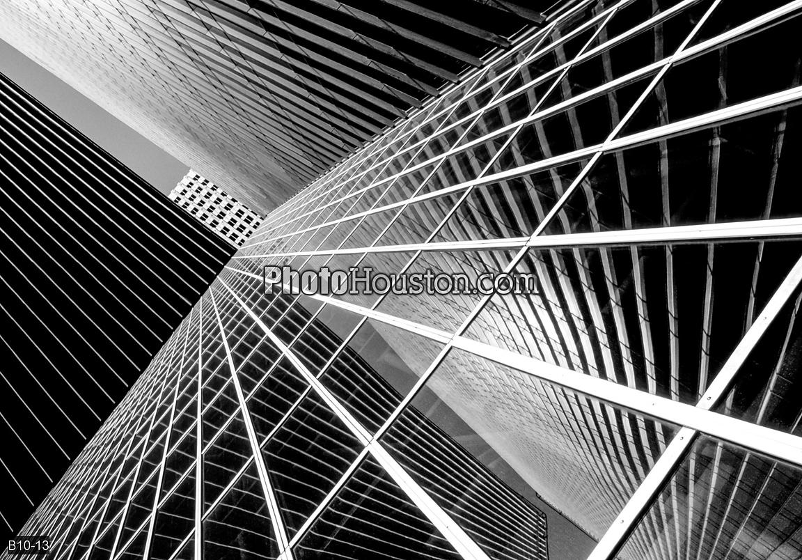 Abstract photo of Pennzoil Place in black and white
