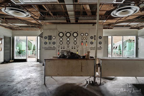 Power_Plant_Control_Room
