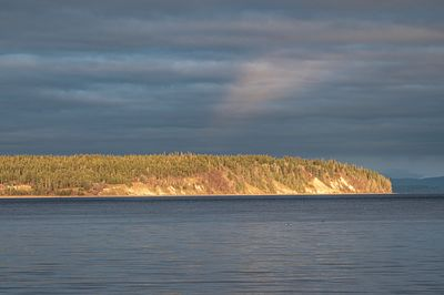 Cape Mudge last light
