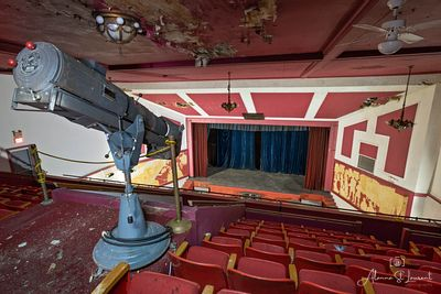 St_Marys_Theatre_Spotlight