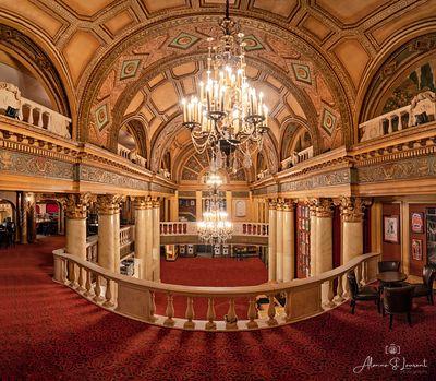 Fillmore_Theatre_Lobby_Panorama