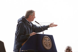March 30. 2020 - New York, New York - NYC Mayor Bill de Blasio welcomes the 1,000-bed floating hospital USNS Comfort, docked ...