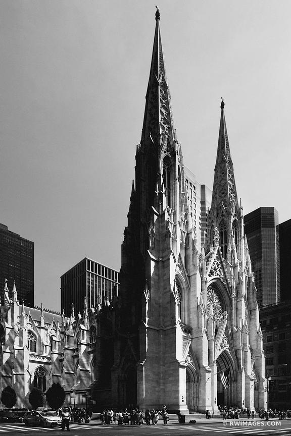 ST. PATRICK'S CATHEDRAL MANHATTAN NEW YORK CITY BLACK AND WHITE VERTICAL