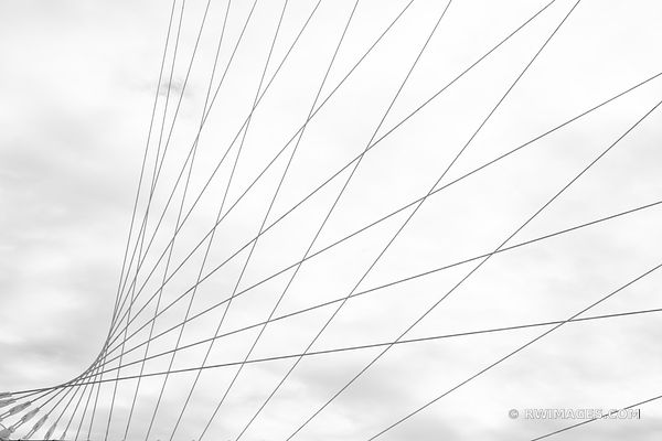 MILWAUKEE ART MUSEUM MILWAUKEE WISCONSIN BLACK AND WHITE