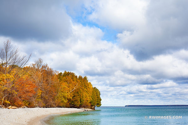 ROCK ISLAND BEACH FALL COLORS OCTOBER ROCK ISLAND STATE PARK WISCONSIN DOOR COUNTY WISCONSIN AUTUMN
