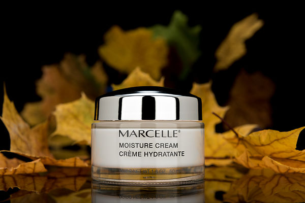 Montreal Still Life photography, Cosmetics photographer, Marcelle Moisture Cream