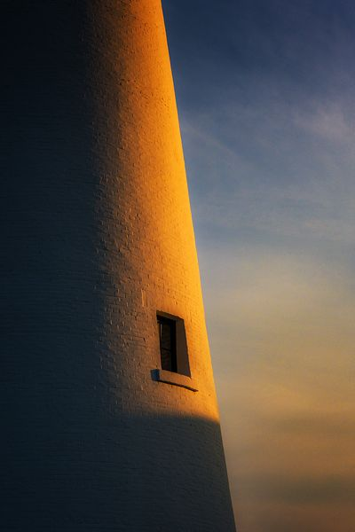 fort-gratiot-lighthouse_window-sunset_DSC01156