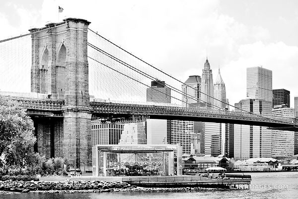 BROOKLYN BRIDGE MANHATTAN NEW YORK BLACK AND WHITE BROOKLYN NEW YORK