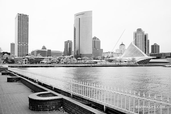MILWAUKEE DOWNTOWN CITY SKYLINE MILWAUKEE WISCONSIN FALL BLACK AND WHITE