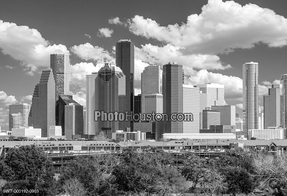 houston-skyline-black-and-white-SWT-000192-0903