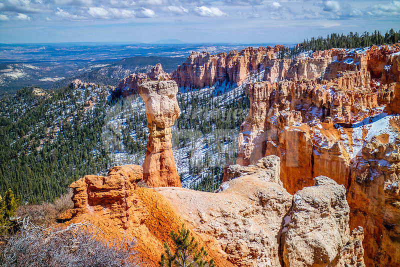 Red Rocks Hoodoos in Ponderosa Point at Bryce Canyon National Park, Utah