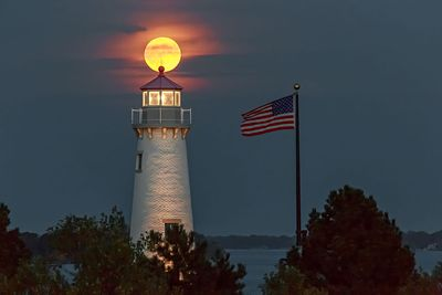 supermoon-october-2016-milliken-state-park-lighthouse-IMG_8519