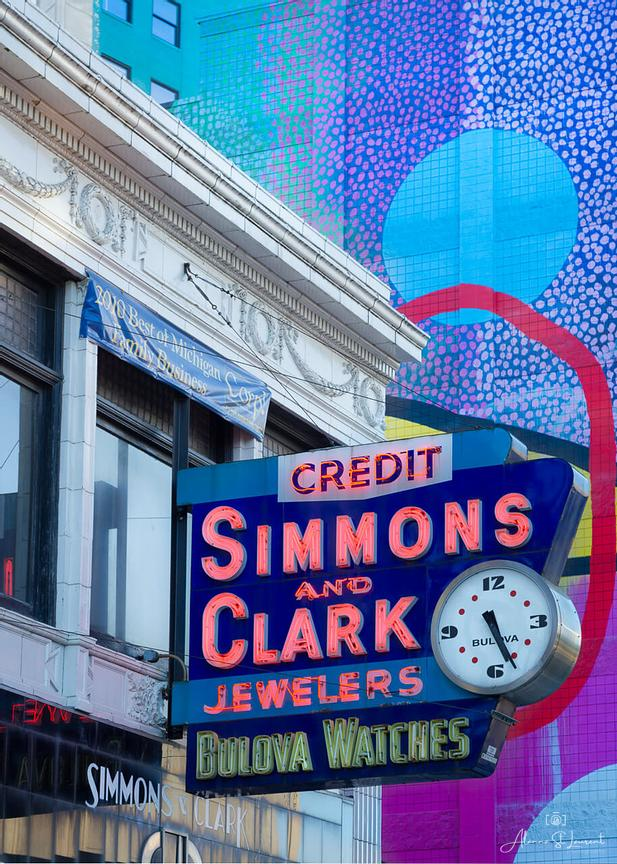 Detroit_Simmons_Clark_Sign