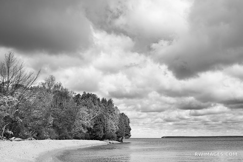ROCK ISLAND BEACH ROCK ISLAND STATE PARK WISCONSIN DOOR COUNTY WISCONSIN BLACK AND WHITE