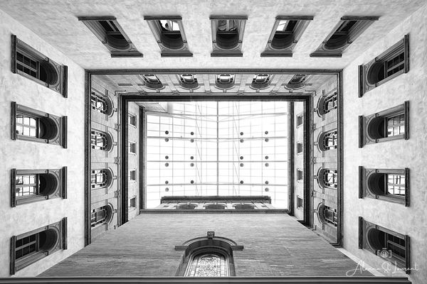 Wayne_County_Courthouse_Atrium_Looking_Up_B_W