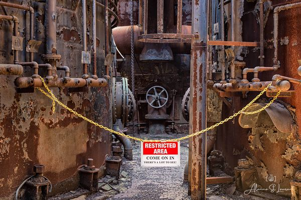 Carrie_Furnaces_Spoof_Message