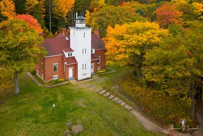 40_Mile_Point_Lighthouse