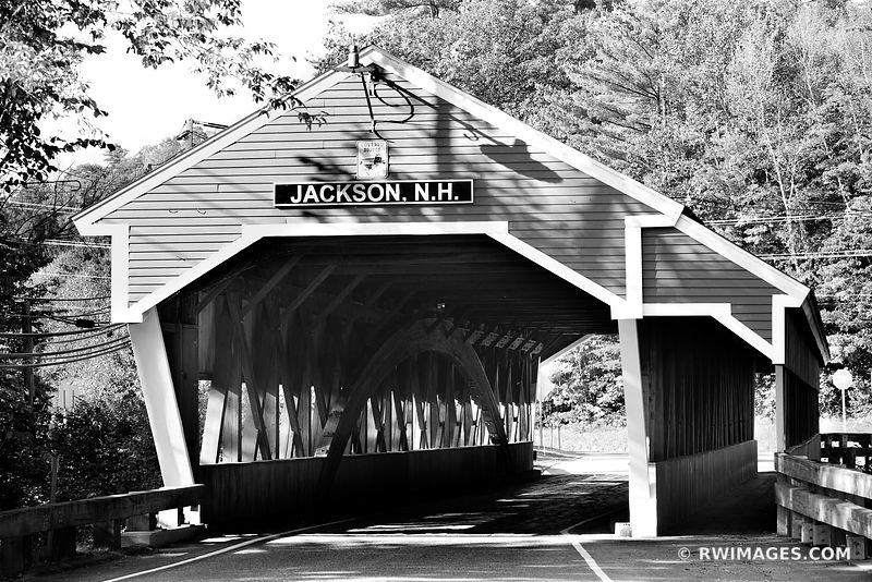 JACKSON COVERED BRIDGE CONWAY NEW HAMPSHIRE WHITE MOUNTAINS NEW HAMPSHIRE BLACK AND WHITE