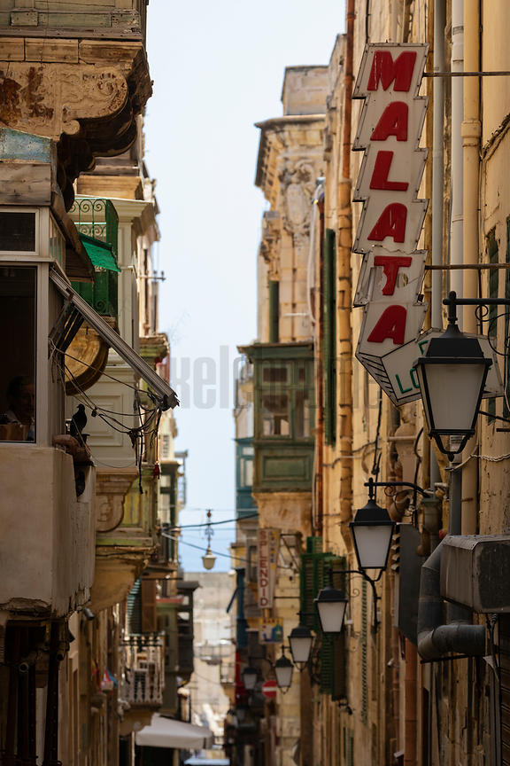Street Scene in Central Valletta