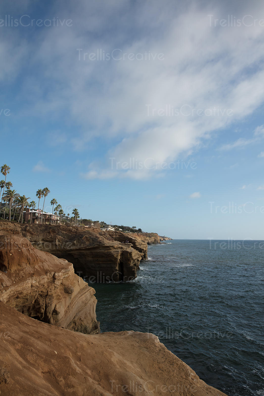 Sunset Cliffs coastline, Point Loma, Ocean Beach, San Diego, California, USA.
