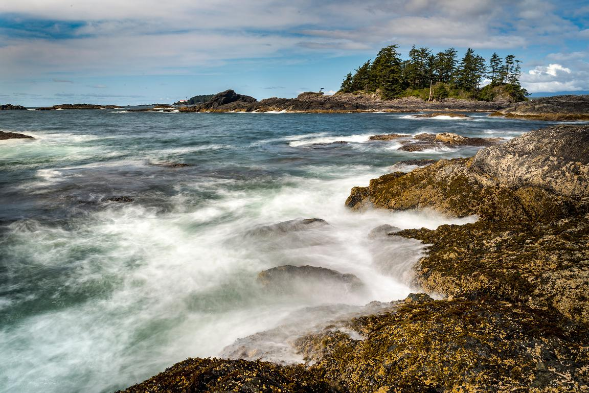 Rocky shore at Chesterman beach, Tofino