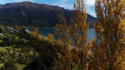 Lake_Hawea_071902
