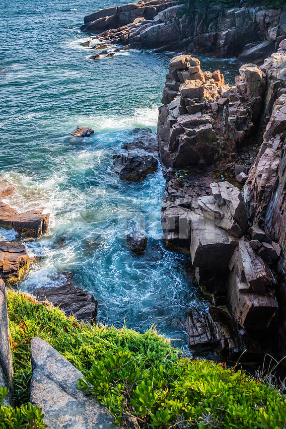 The Thunder Hole in Acadia National Park, Maine