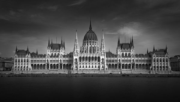 Parlament_Budapest_Hungry